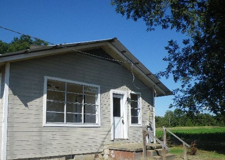 5550 Highway 6 W, Batesville MS Foreclosure Property