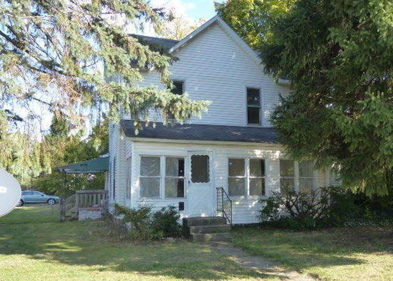 601 E State St, Cassopolis MI Foreclosure Property