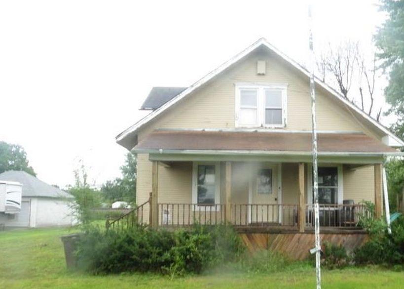 314 E Cedar St, Russell IA Foreclosure Property