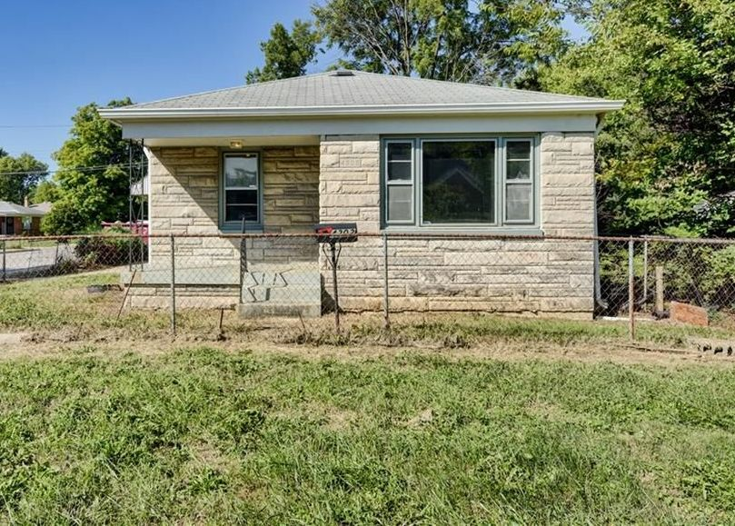 4202 E 34th St, Indianapolis IN Foreclosure Property