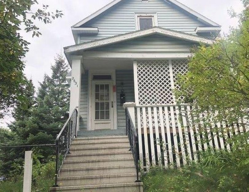 2631 W 4th St, Duluth MN Foreclosure Property