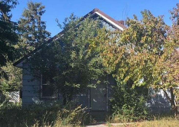 815 4th St, Baker City OR Foreclosure Property