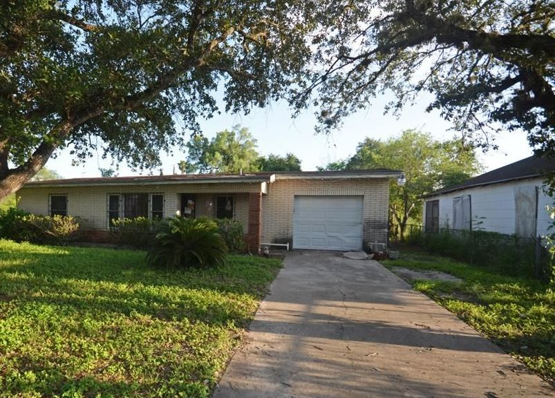 425 W Fordyce Ave, Kingsville TX Foreclosure Property