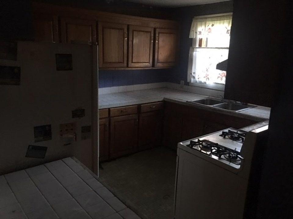 714 Avenue L, Mccomb MS Foreclosure Property