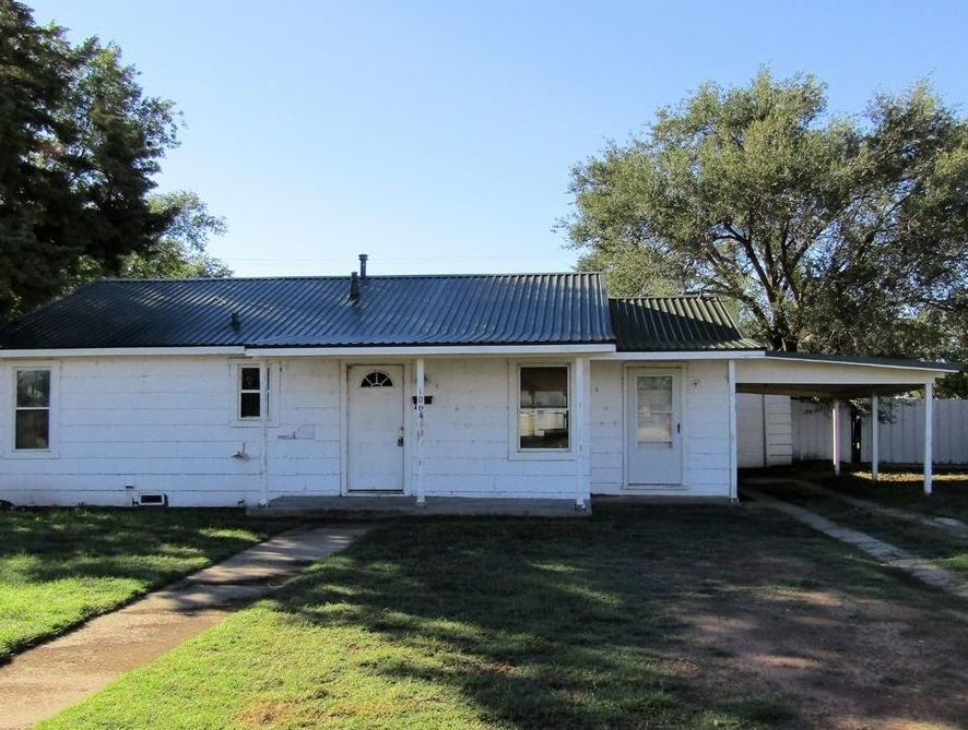 1004 12th St, Levelland TX Foreclosure Property