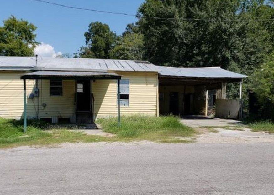 800 Reynolds Ave, Rayne LA Foreclosure Property