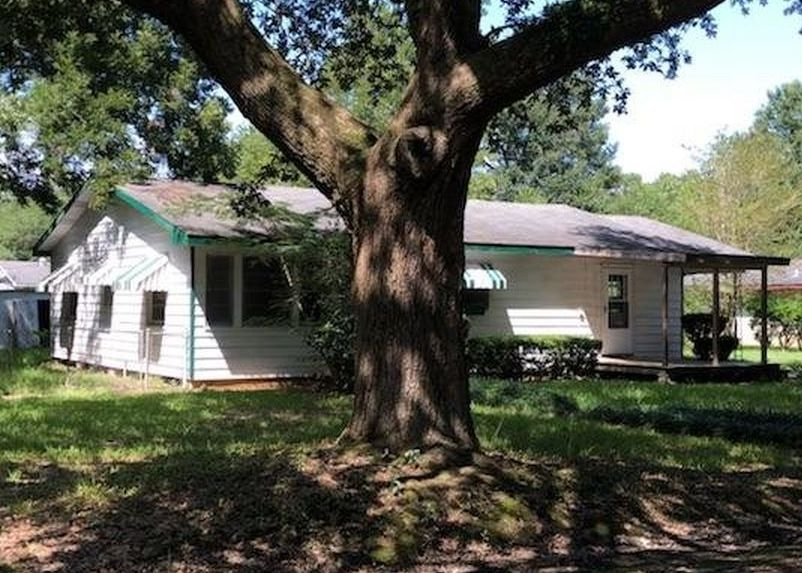 609 E Long St, Ville Platte LA Foreclosure Property