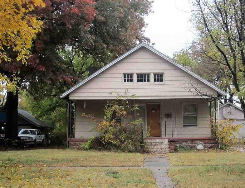 618 E 6th St, Newton KS Foreclosure Property