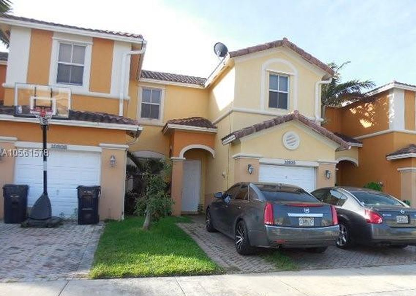 10910 Sw 244th Ter, Homestead FL Foreclosure Property
