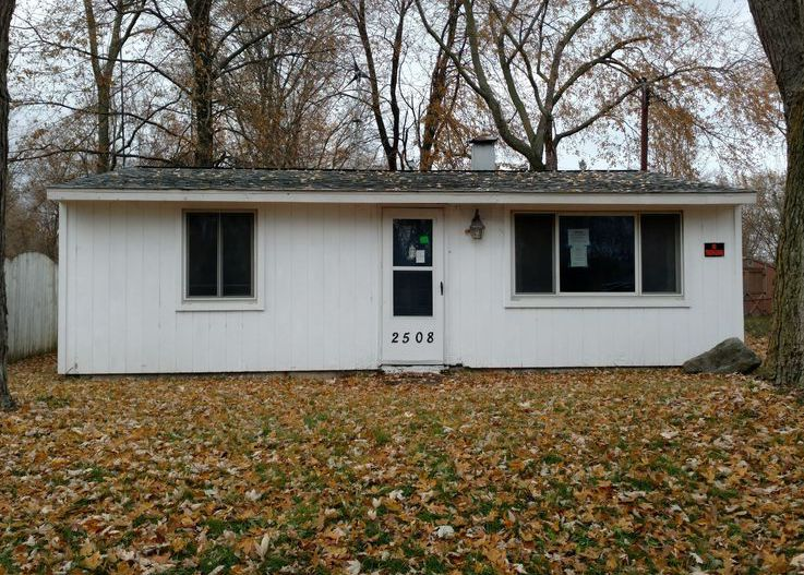 2508 Fielding Dr, Lansing MI Foreclosure Property