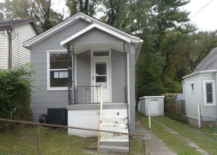 916 7th Ave, Dayton KY Foreclosure Property