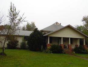 800 W Maple St, Columbus KS Foreclosure Property