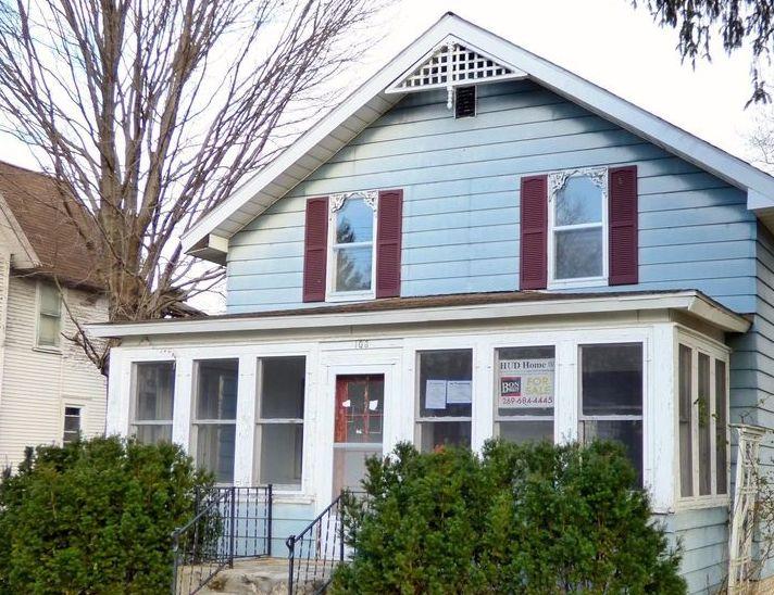 103 S Center St, Hartford MI Foreclosure Property