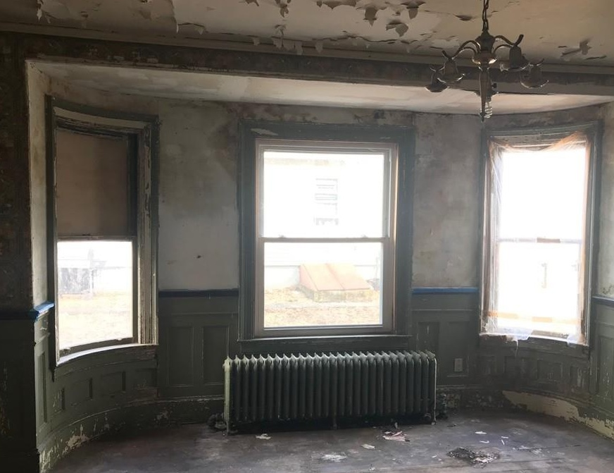 330 Winter St, Fall River MA Foreclosure Property