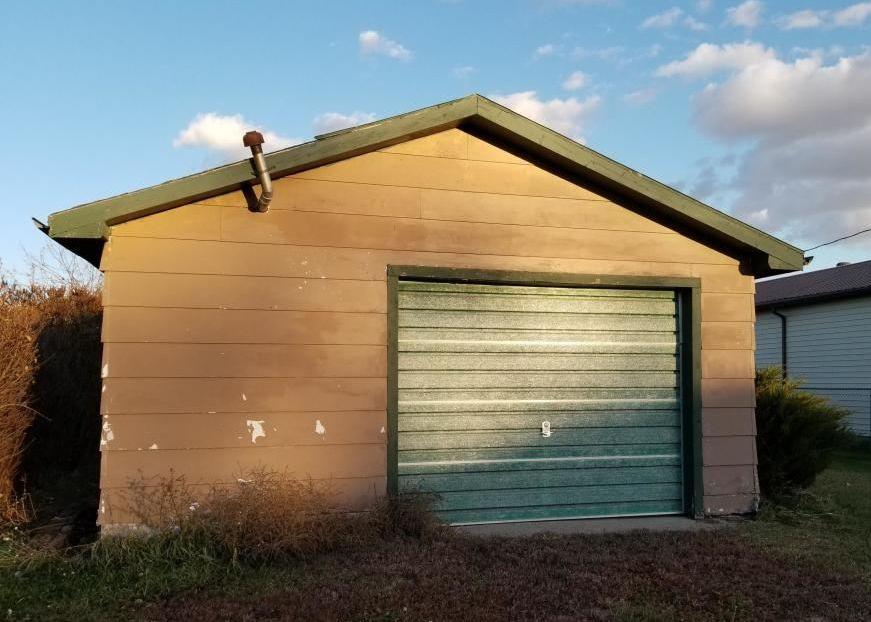 205 E St S, Glen Ullin ND Foreclosure Property