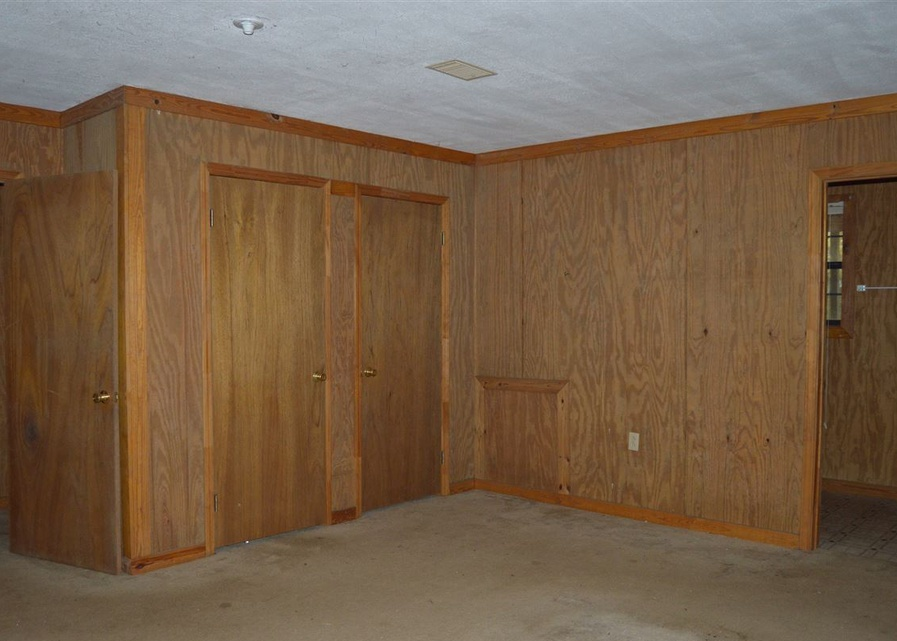 195 Peacock Rd, Mendenhall MS Foreclosure Property