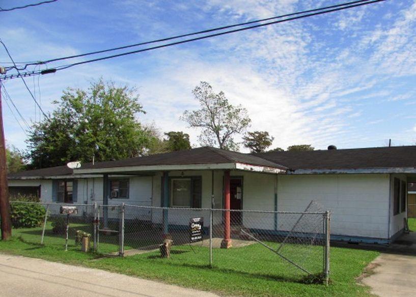 240 Pitre St, Houma LA Foreclosure Property