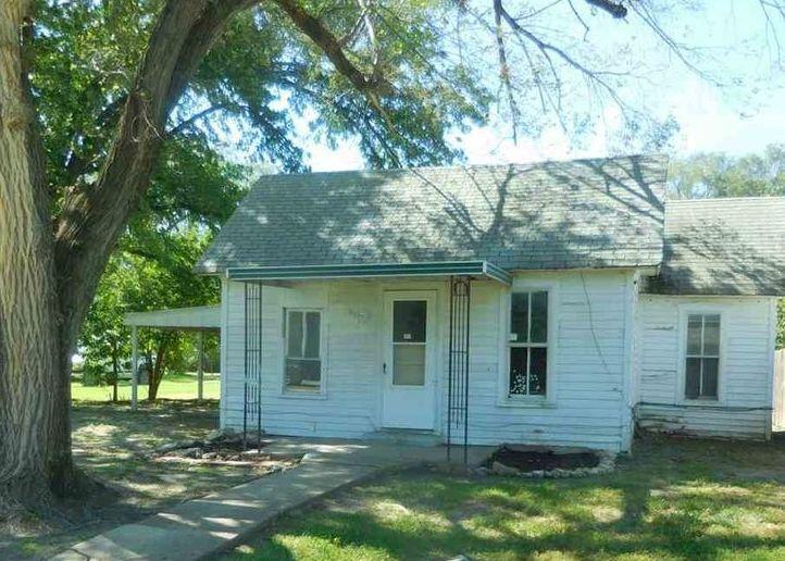 317 N Freeborn St, Marion KS Foreclosure Property