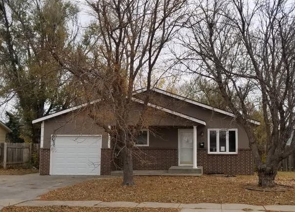 2320 N 6th St, Garden City KS Foreclosure Property