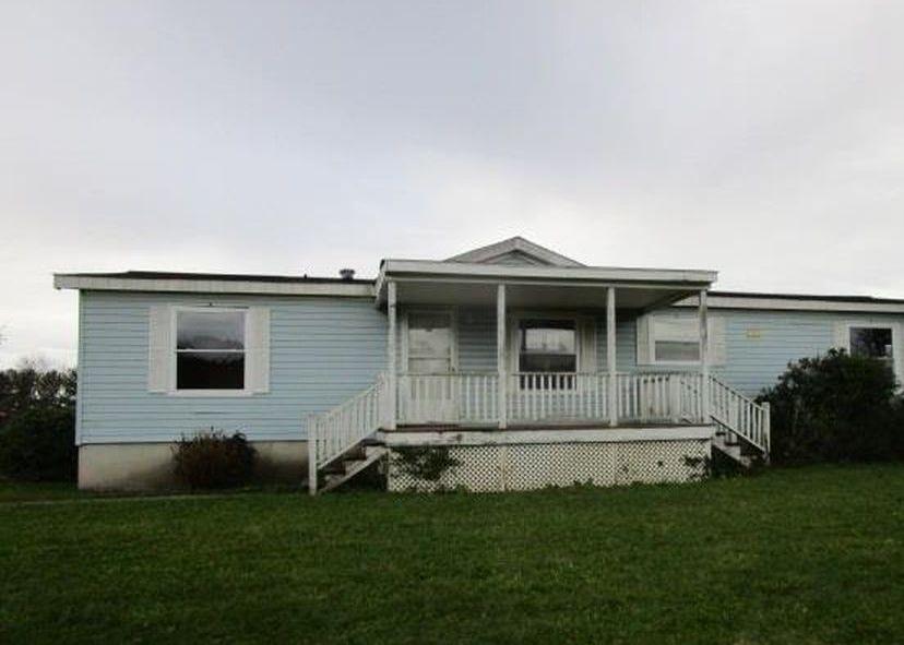 25 Howardplace Ln, Stuarts Draft VA Foreclosure Property