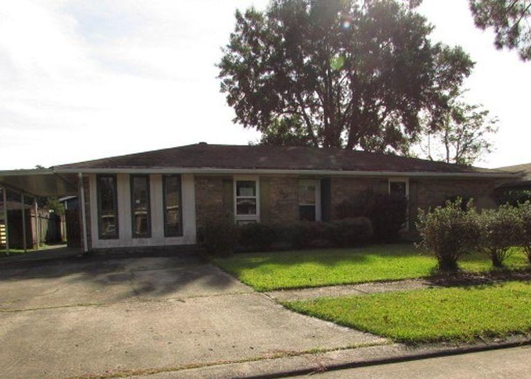 46 Killarney Loop, Houma LA Foreclosure Property