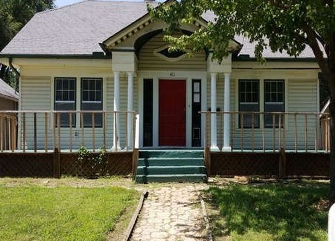 411 N Denver St, El Dorado KS Foreclosure Property