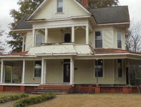 703 N Morrill St, Morrilton AR Foreclosure Property