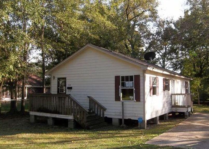 716 Van Buren St, Laurel MS Foreclosure Property