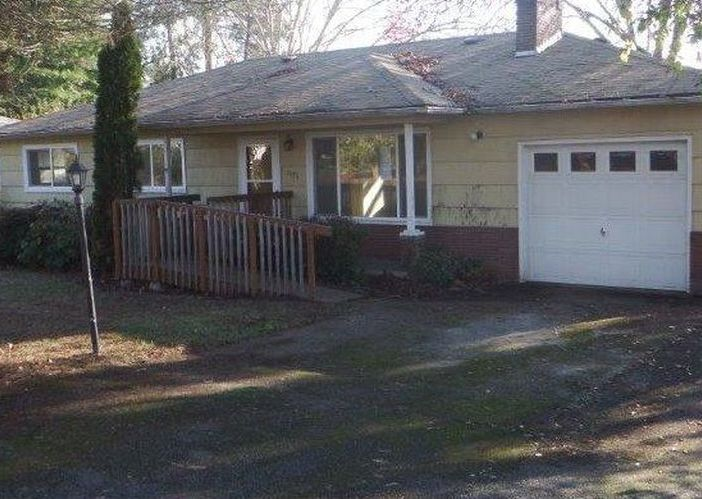 1595 Nw Beaumont Ave, Roseburg OR Foreclosure Property