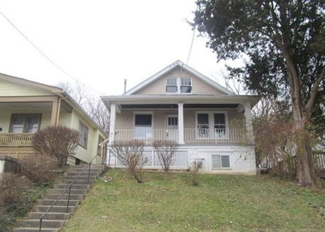 38 W 28th St, Latonia KY Foreclosure Property