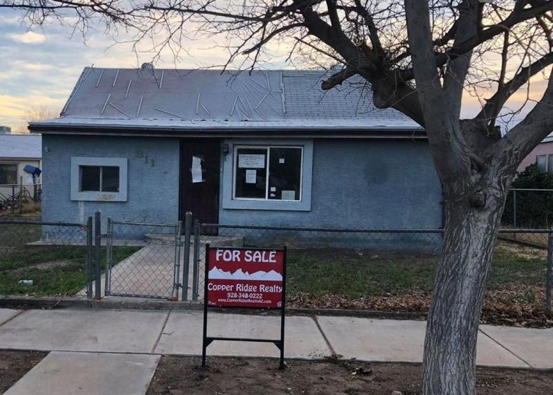 911 S 3rd Ave, Safford AZ Foreclosure Property