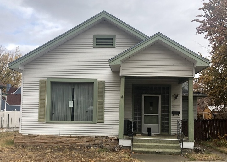 2318 2nd St, Baker City OR Foreclosure Property