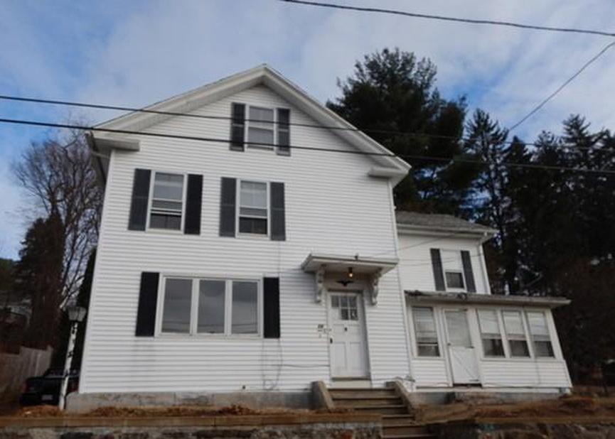 26 Pleasant St, Warren MA Foreclosure Property
