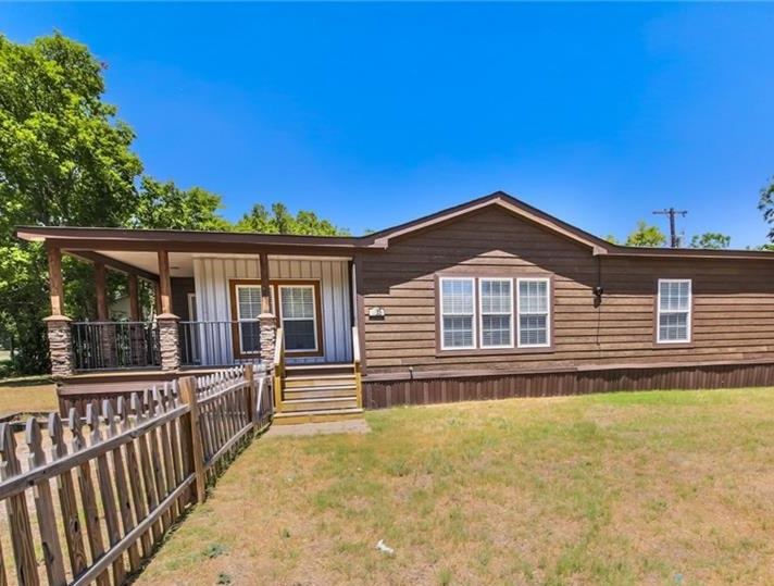 305 N Lucy St, Bartlett TX Foreclosure Property