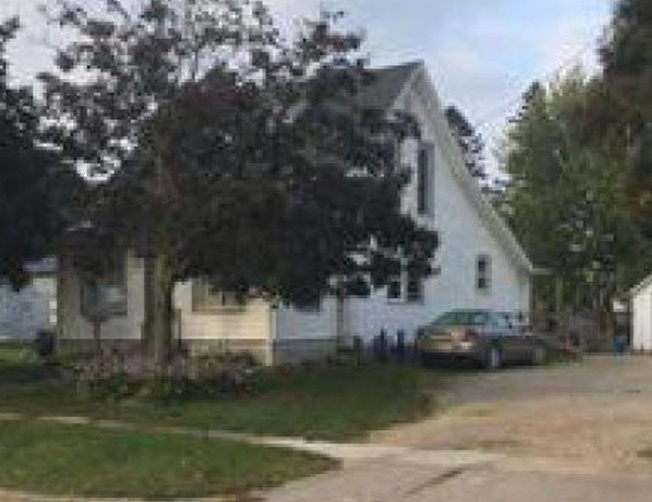 312 N Washington Ave, Spring Valley MN Foreclosure Property