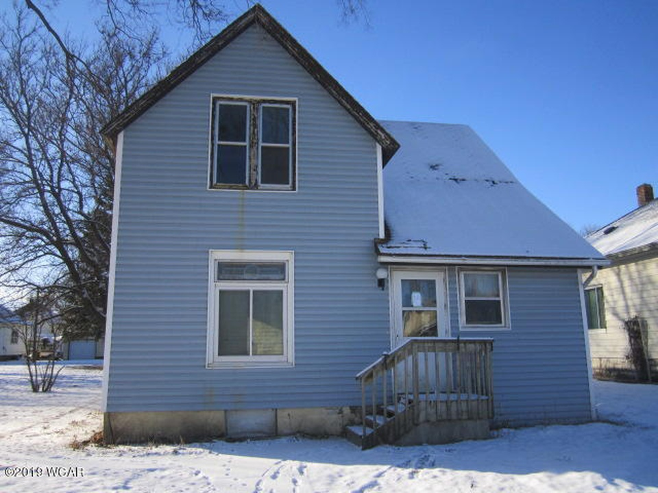 411 N Elm St, Fairmont MN Foreclosure Property