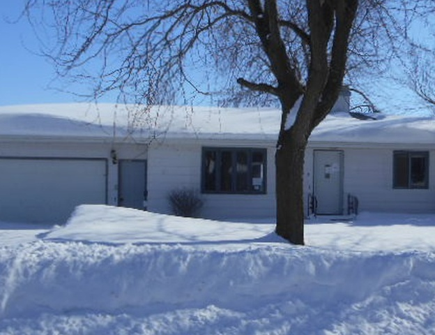 312 Upper Ridge St, Reinbeck IA Foreclosure Property