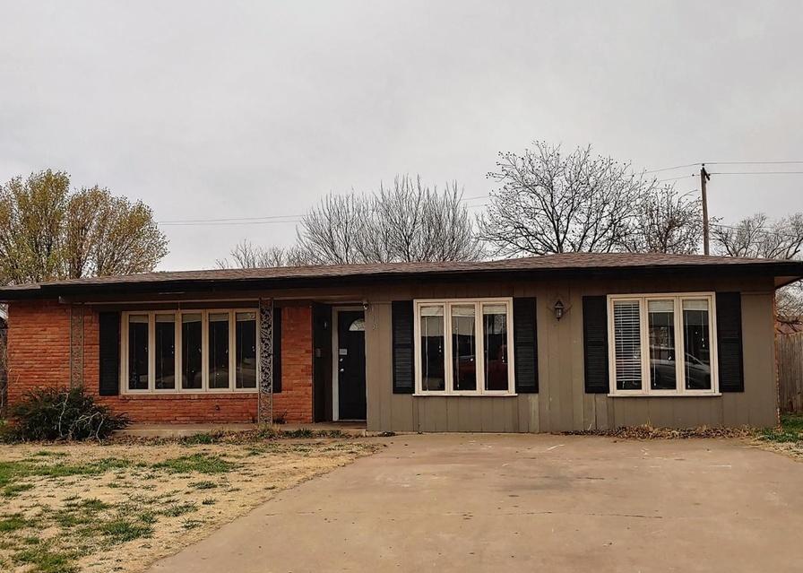 112 Detroit Ave, Levelland TX Foreclosure Property