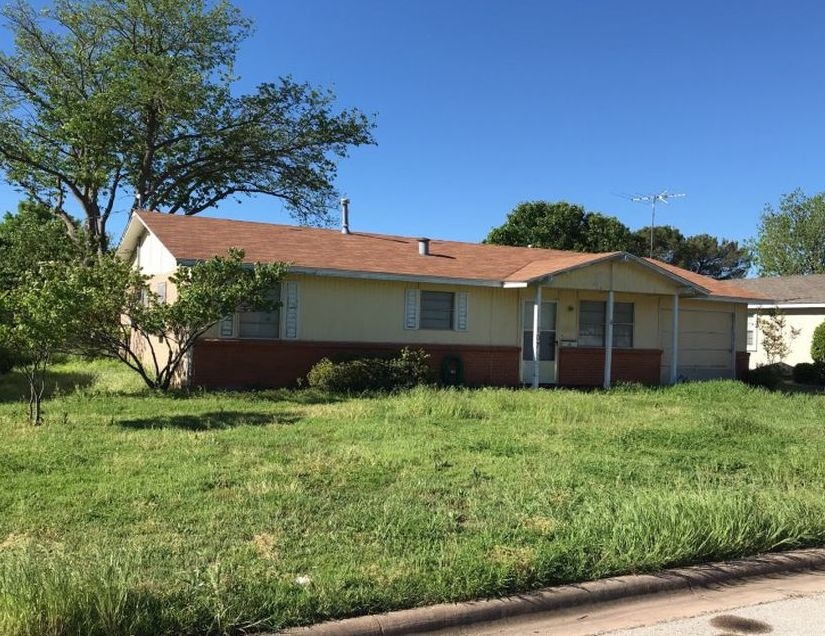 107 Devonshire Dr, Wichita Falls TX Foreclosure Property