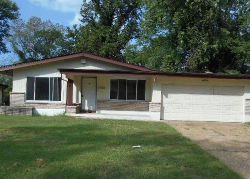 10205 Pannell Dr, Saint Louis MO Foreclosure Property