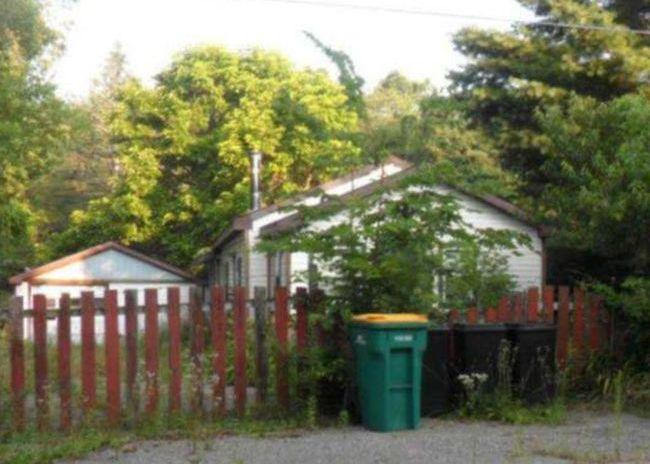 266 Stringham Rd, Battle Creek MI Foreclosure Property