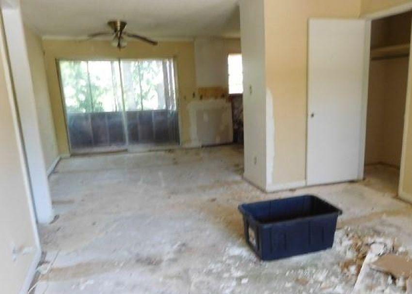 47 Shadowood Cir Apt D, Birmingham AL Foreclosure Property