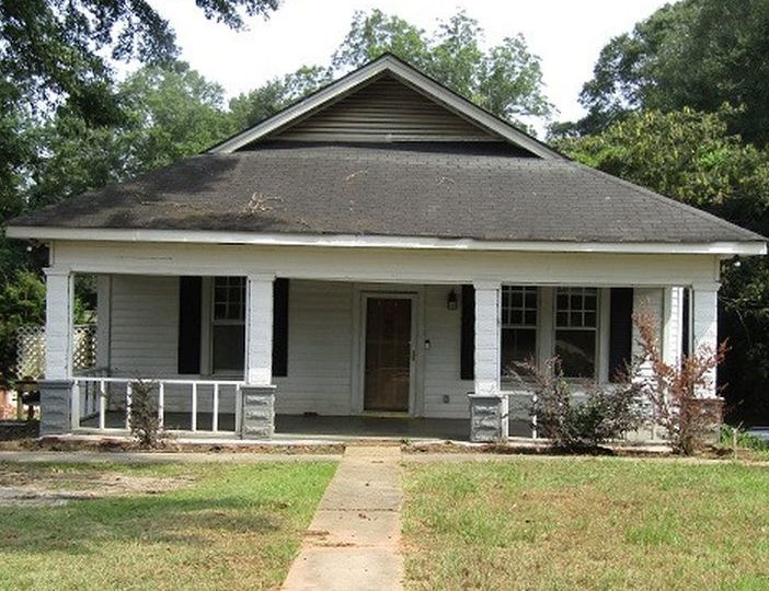 1018 Maple Dr, Roanoke AL Foreclosure Property