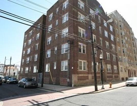 33 S Iowa Ave Apt E6, Atlantic City NJ Pre-foreclosure Property