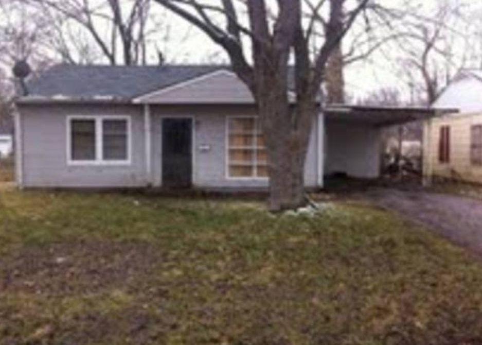 31 Louise Ln, East Saint Louis IL Pre-foreclosure Property