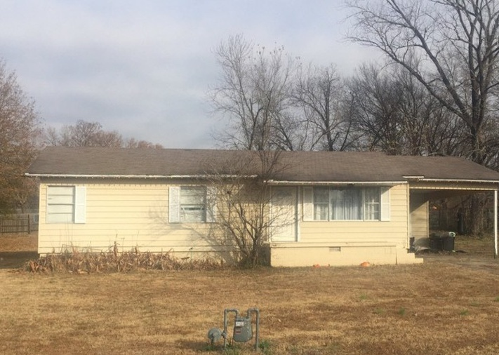 202 W 2nd St, Mulberry AR Pre-foreclosure Property
