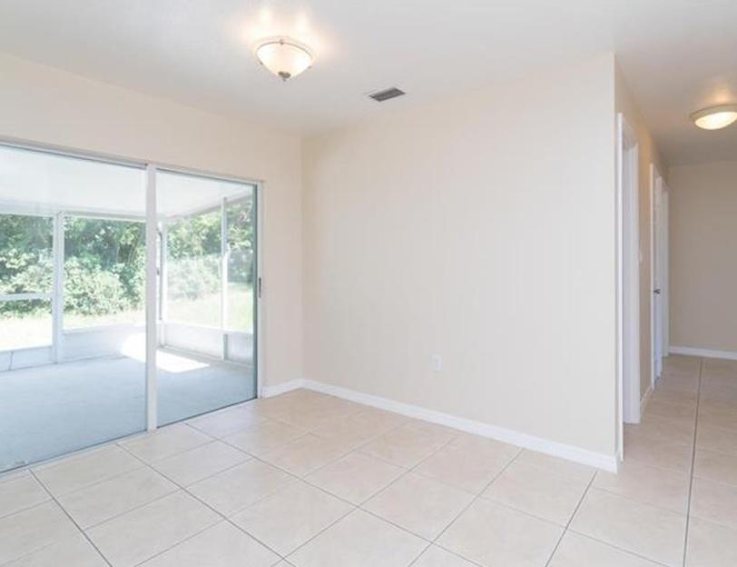 5050 Brookmeade Dr, Sarasota FL Pre-foreclosure Property