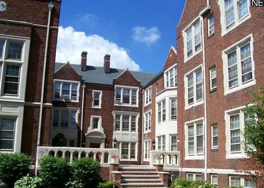 15610 Van Aken Blvd Apt 12, Cleveland OH Pre-foreclosure Property
