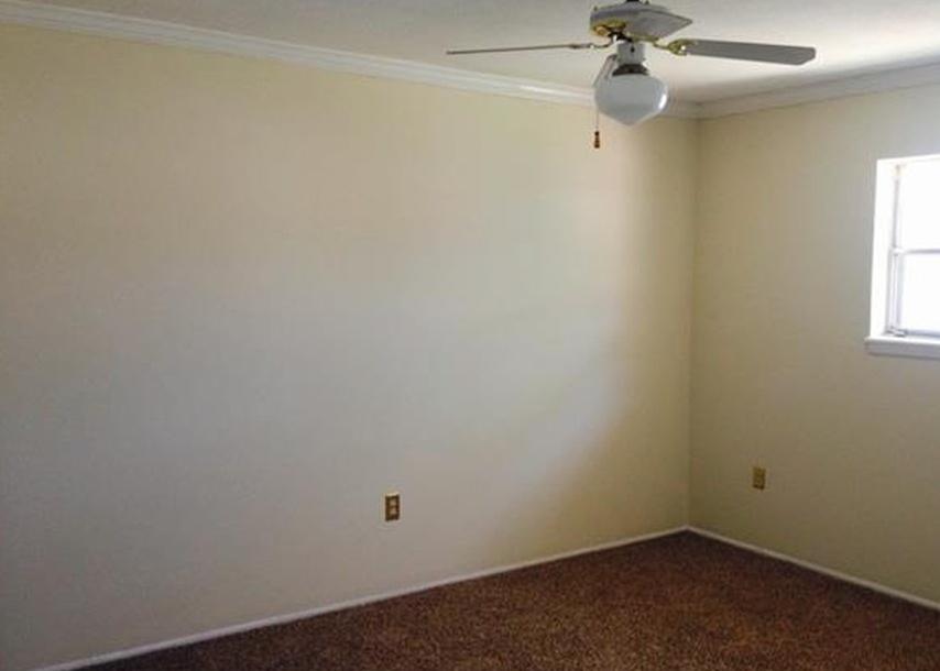 601 Riverhill Cir Apt I2, Columbia SC Pre-foreclosure Property