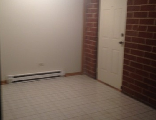 1912 Canal St Apt 2c, Blue Island IL Pre-foreclosure Property